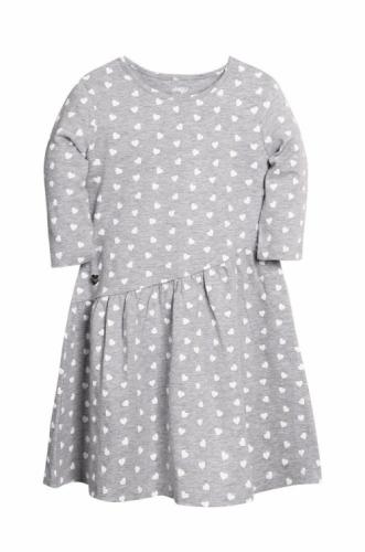 Платье для девочки р.152, серый меланж с сердечками UMKA